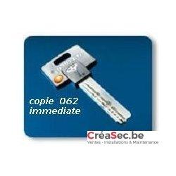 cle Mul-T-Lock 062