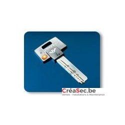 clef Mul-T-Lock 052 à tête noire